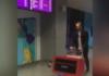 Ноги торчали из чемодана: из-за женских конечностей в аэропорту  началась паника