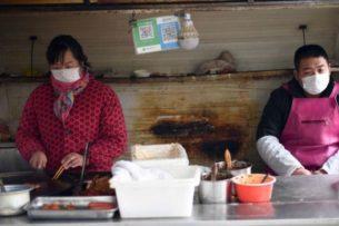 Смертельно опасный коронавирус становится сильнее, предупреждает Китай