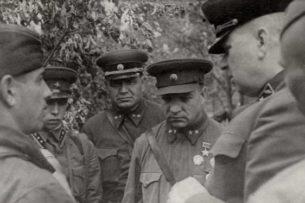 Единственный бой, в котором советские генералы шли в штыковую атаку