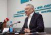 Азимбек Бекназаров рассказал, чем он отличается от Адахана Мадумарова