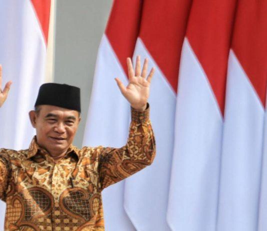 Богатые должны жениться на бедных. Индонезийский министр придумал, как побороть бедность в стране