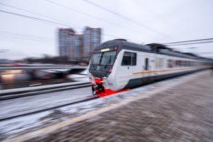 Поезд сбил кыргызстанца на Московской железной дороге