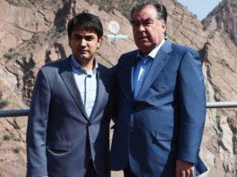 Таджикистан: Cемья Рахмона обладает монополией на продажу авиабилетов и наживается на глубоком отчаянии