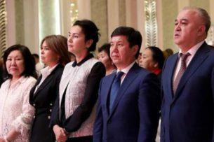 Омурбек Текебаев подверг резкой критике правительство