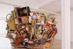 Долой вещизм: уроки минимализма от Марка Мэнсона. Делится опытом избавления от ненужного хлама