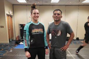 Муж и жена выступили на одном шоу UFC. Она выиграла, его нокаутировали