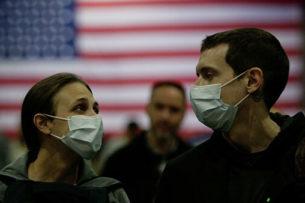 «Даже врачи не знали, чего ожидать»: американка описала личный опыт борьбы с COVID-19