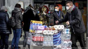 Закупки впрок из-за коронавируса: психолог об их истинных причинах