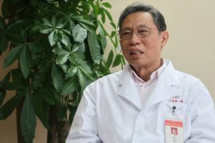 Победивший атипичную пневмонию врач дал прогноз по срокам эпидемии коронавируса