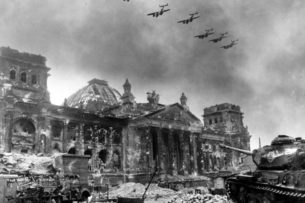 Гитлер двинулся на Восток, потому что его взгляд был обращен на Запад — Der Spiegel (Германия)