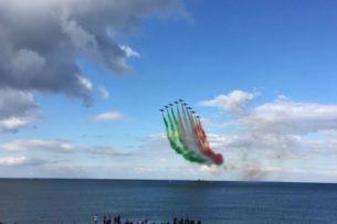 Итальянские ВВС «победили» коронавирус под арию Паваротти. Оценил даже Трамп