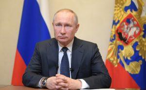 38% россиян считают, что президент Владимир Путин выражает интересы олигархов, банкиров и крупных предпринимателей