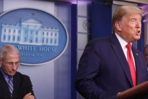 Лидеры демократов: Трамп должен тратить больше времени на чтение донесений разведки
