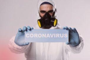 Они являются опасными. В Казахстане могут быть больные коронавирусом, не знающие об этом