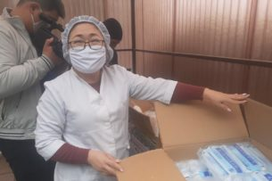 За сутки у 83 медиков Кыргызстана выявили COVID-19