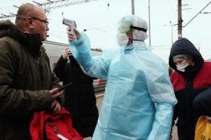 Россия впустит кыргызстанцев из Ирана с условием не выходить из машин всю дорогу
