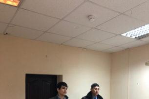 Пугал кашлем пассажиров в метро: В Алматы арестовали пранкера