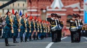 В Казахстане отменили парад к 75-летию Победы, в России пока думают