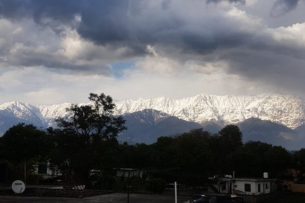 Жители Индии впервые за 30 лет смогли увидеть Гималаи