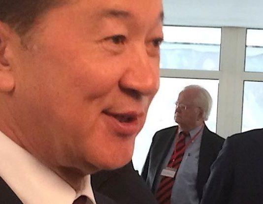 Казахский олигарх Булат Утемуратов активно ищет покупателей на часть имеющихся у него активов. Почему?