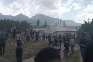 Конфликт на кыргызско -узбеской границе произошел из-за родника