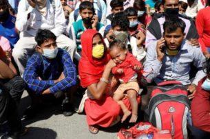 Индия продлила ограничения на выход из дома