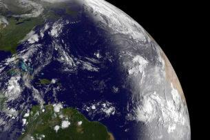Ученые: часть магнитного поля Земли ослабла