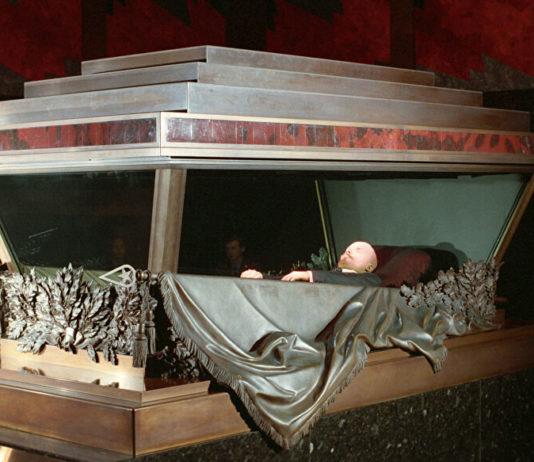Жириновский предложил продать тело Ленина