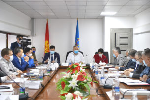 Руководству Нарынской области объявлен выговор, глав областных медучреждений рекомендовано уволить