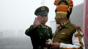 20 военнослужащих погибли в результате столкновения на границе Индии и Китая