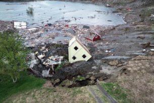 Огромный оползень в Норвегии «утащил» несколько домов в море