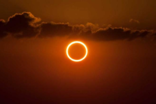 Астронавт с борта МКС показал солнечное затмение из космоса