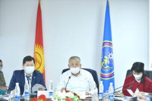 Кубатбек Боронов: В отношении ответственных лиц, допустивших ошибки в работе в период вспышки COVID-19, будут приниматься соответствующие меры