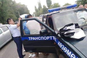 Задержали 2 инспекторов весогабаритного контроля Минтранса за вымогательство