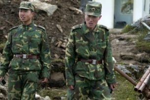 Палки, биты и шесты с гвоздями. СМИ о кровавой драке между военными Китая и Индии