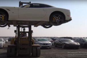 В Дубае нашли кладбище люксовых автомобилей (видео)