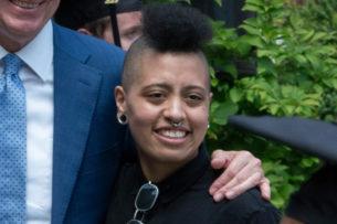 Дочь мэра Нью-Йорка задержали в ходе протестов