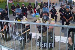 После гибели Джорджа Флойда в Миннеаполисе расформируют полицию