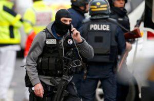 Разведка Франции заявила об опасности чеченцев после беспорядков в Дижоне