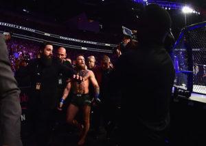 Брат Хабиба смеется над Конором и шутит про вирус. С чего бы это, ведь он получал от Макгрегора по лицу и сдавался в UFC?