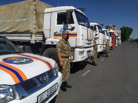 МЧС Кыргызстана оказало гумпомощь этническим кыргызам в Таджикистане и Афганистане