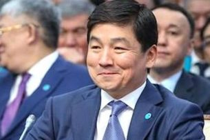 У зама Назарбаева по «Нур Отану» нашли состояние в $1 миллиард. Он подает иск о клевете