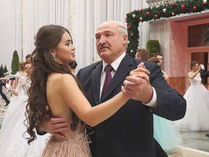 В сеть попал зажигательный танец Александра Лукашенко (видео)