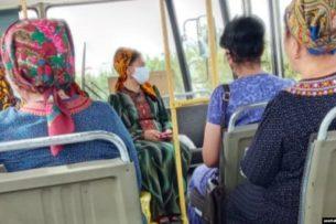 В Туркменистане началось тотальное ношение масок. Власти признают только грипп или пневмонию