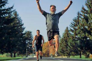 Спорт после 40. Эксперт о том, как правильно начать тренироваться