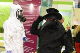 В Китае мужчина умер от кишечной чумы. Местные власти объявили третий уровень эпидемиологического предупреждения