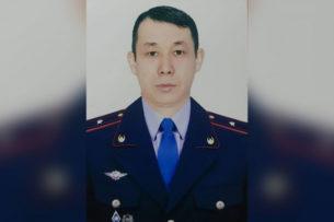Полицейский Алматы выпрыгнул за педофилом с 13-го этажа. Оба выжили