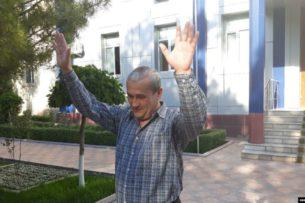 Мать Бобомурода Абдуллаева обратилась с просьбой освободить ее сына к Мирзиёеву, а международные организации – к официальному Бишкеку