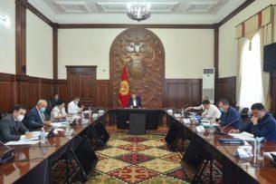 Боронов поручил усилить работу по предотвращению ввоза незадекларированных товаров и ГСМ