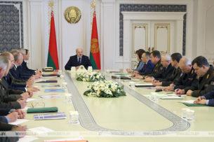 Лукашенко пригласил генпрокуроров России и Украины для разбирательства с задержанными боевиками